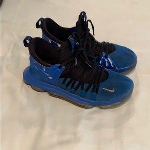 Nike KDs tennis shoes